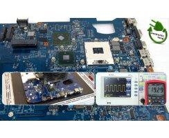 Schenker XMG Fusion 15 Mainboard Laptop Reparatur